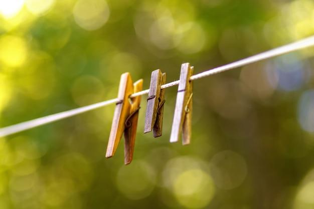 Vintage wäscheklammern aus holz