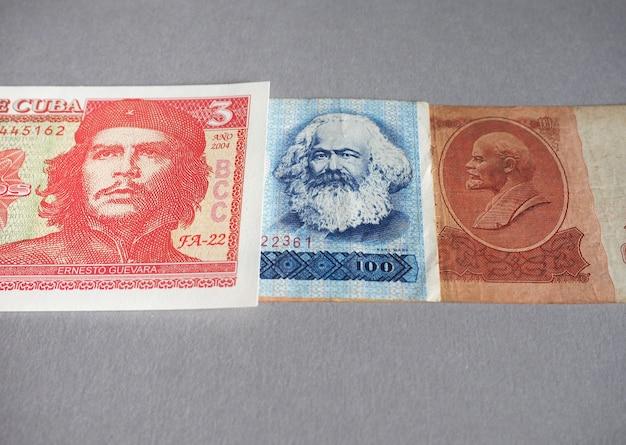 Vintage zurückgezogene banknoten von cccp, ddr, kuba