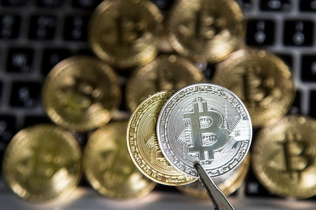 Virtuelles geld gold und silber bitcoin