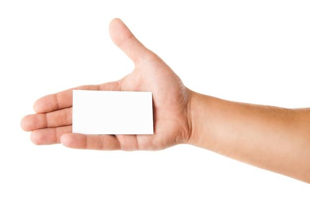 Visitenkarte in der hand des mannes auf weißem hintergrund