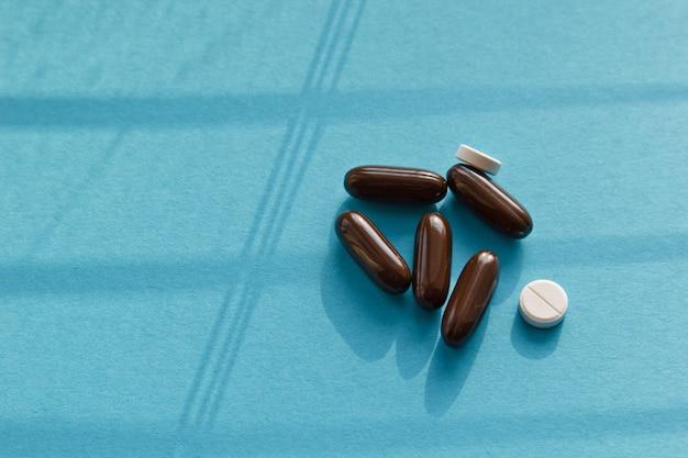 Vitamine, pillen, gesundheitskonzept