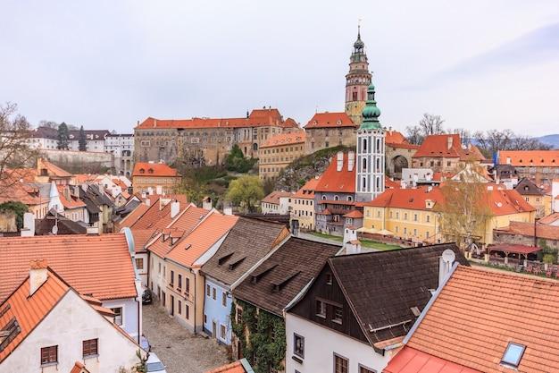 Vogelperspektive der alten stadt von cesky krumlov, tschechische republik. unesco weltkulturerbe.