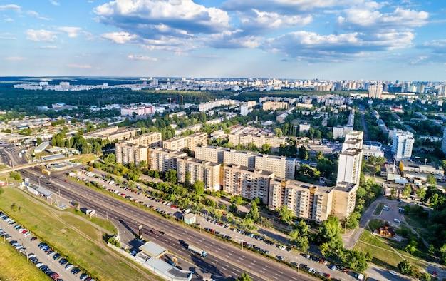 Vogelperspektive des stadtteils voskresenka von kiew, der hauptstadt der ukraine