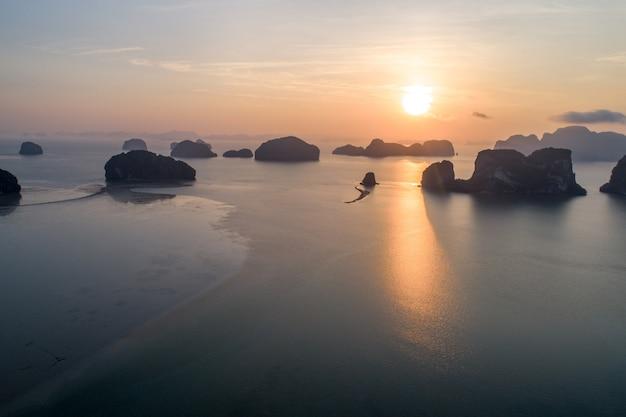 Vogelperspektivestrand von thailand