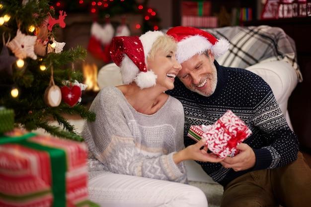 Voller glück in dieser weihnachtszeit