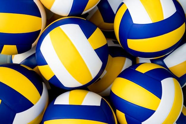 Volleybälle
