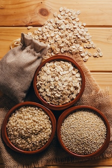 Vollwertkost, quinoa hafer und reis