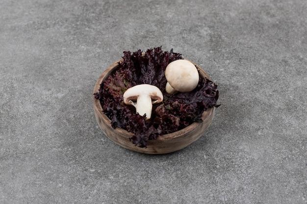 Von frischen bio-champignons.