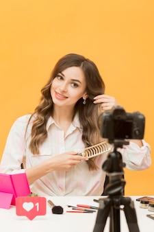 Vorderansicht blogger aufnahme für persönliches blog