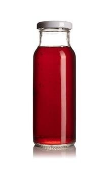 Vorderansicht der kirschsaftglasflasche lokalisiert auf weiß