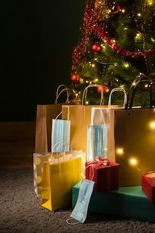 Vorderansicht der schönen weihnachtsgeschenke