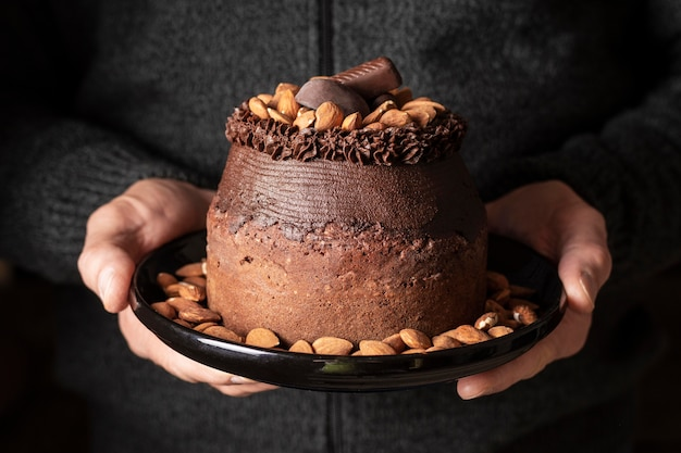 Vorderansicht des köstlichen schokoladenkuchenkonzepts