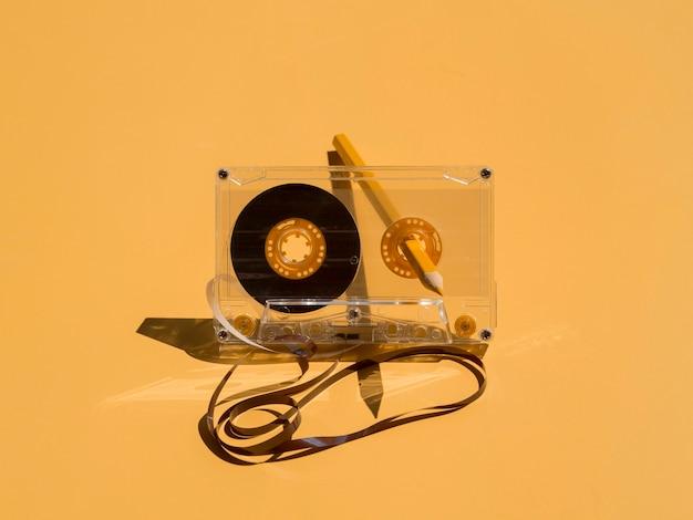 Vorderansicht des musikkonzepts mit kassette