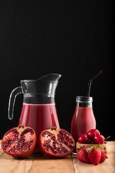 Vorderansicht smoothie mit früchten