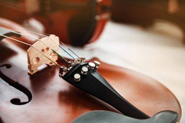 Vorderseite der nahaufnahme der violine
