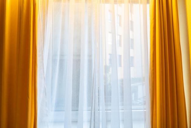 Vorhang am fenster