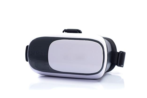 Vr box / virtual reality brille isoliert auf weißer wand