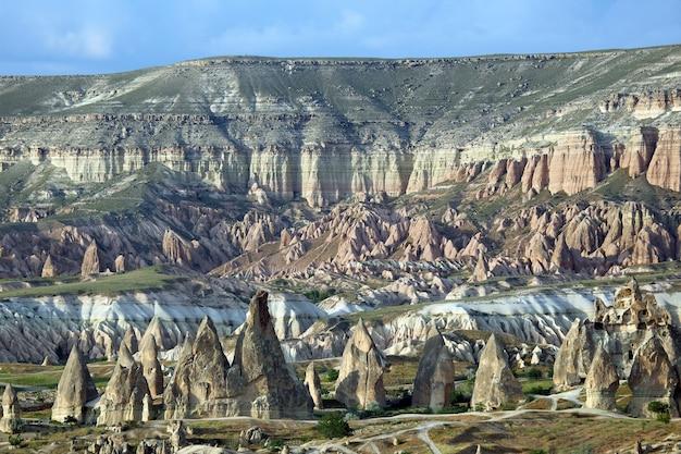 Vulkangesteine im kappadokien-tal