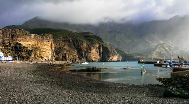 Vulkaninsel grand canary und erstaunliche schwarze sandstrände. puerto de las nieves