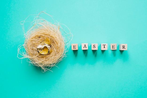 Wachtelei im nest- und ostern-wort