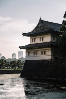 Wachturm in tokyo imperial palace in tokyo