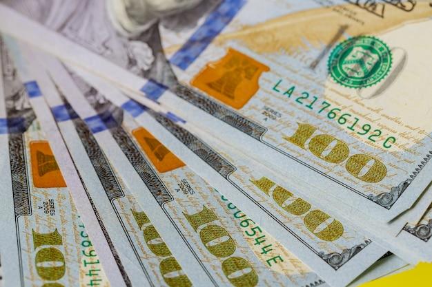 Währung us-dollar-banknoten Premium Fotos