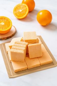 Waffel mit orangencreme