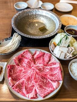 Wagyu-rindfleisch shabu heißer topfsatz