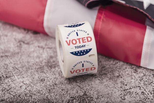 Wahlen in den vereinigten staaten. konzept einer kontinuitätsstimme für waffen oder einer stimme für ein besseres soziales gewissen.