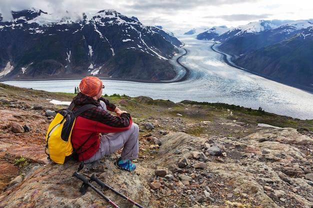 Wandern sie um den lachsgletscher, kanada