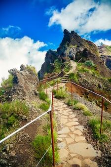 Wanderweg vom berg pico do arieiro