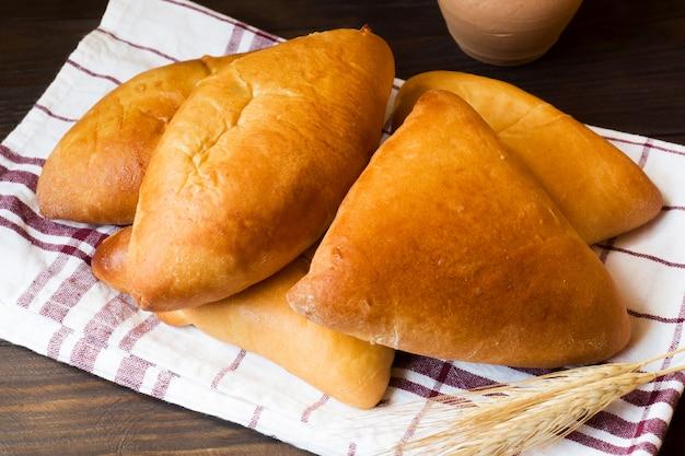 Warme kuchen, butterkuchen, traditionelles russisches essen.