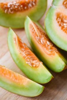 Warzenmelone geschnittene kantalupe thailändisch - melonengelb