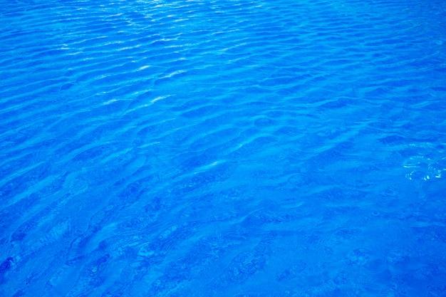 Wasser im schwimmbad für hintergrund