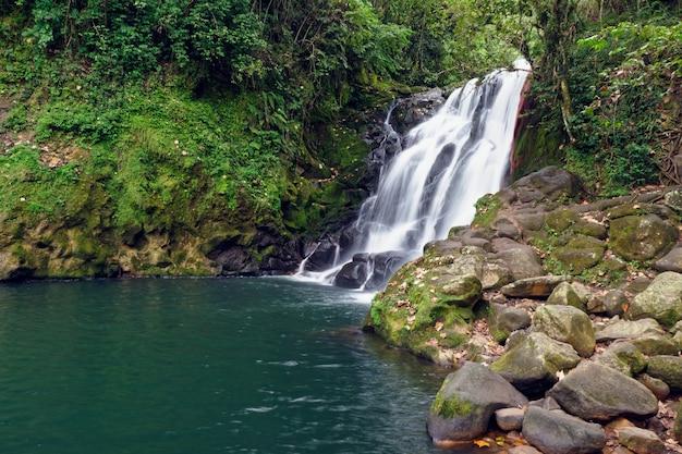 Wasserfall cascada de texolo in xico, mexiko