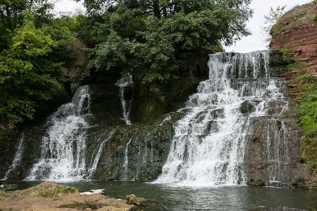 Wasserfall chervonograd in ternopil-region, ukraine