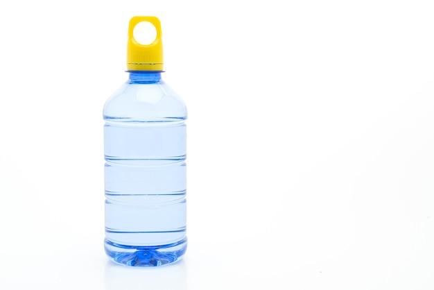 Wasserflasche auf weiß