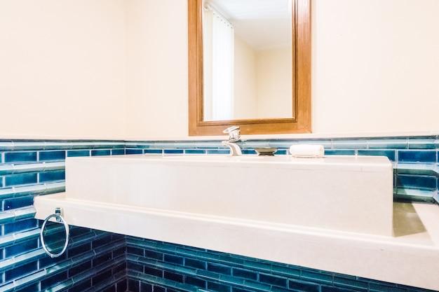 Wasserhahn waschbecken