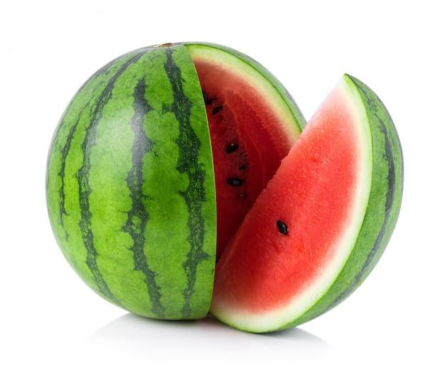Wassermelone lokalisiert auf weißem hintergrund