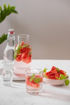 Wassermelone trinkt