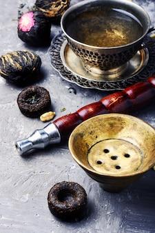 Wasserpfeife mit aromatee