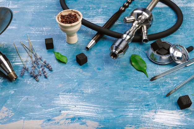 Wasserpfeifenteile, rauchende wasserpfeife.