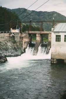 Wasserthermisches kraftwerk