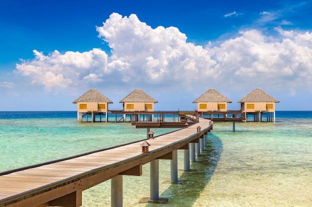 Wasservillen (bungalows) auf den malediven
