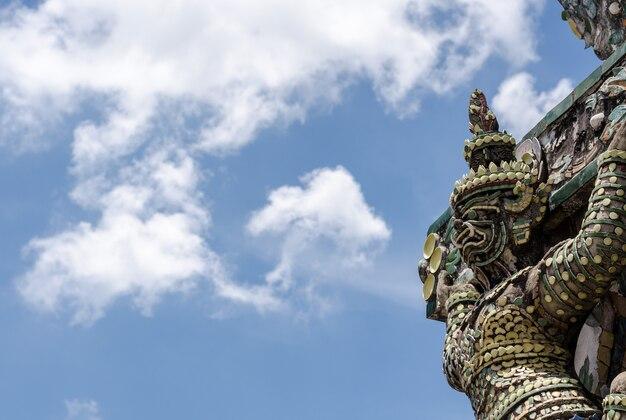 Wat arun der tempel von bangkok thailand