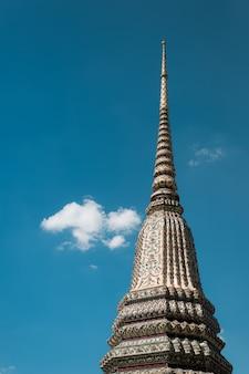 Wat pho ist einer der ältesten tempel bangkoks