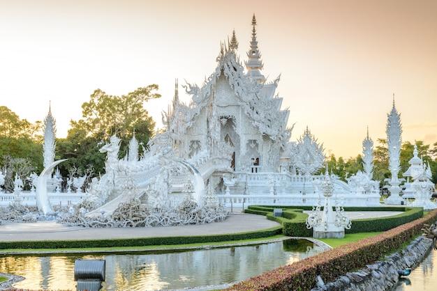 Wat rong khun, chiangrai, thailand