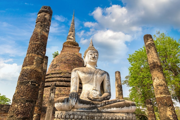 Wat sa si tempel in sukhothai historischem park, thailand