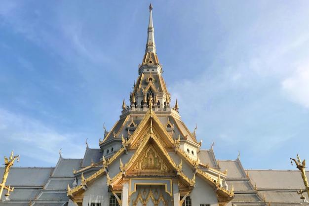 Wat sothon wararam worawihan, der buddhistische tempel bei chachoengsao in thailand.