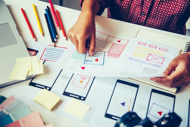 Website-designer kreative planung anwendungsentwicklung grafik kreativ